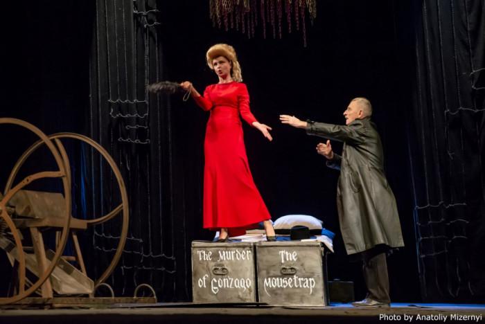 Театр в театрі. Постановка «Вбивства Гонзаго»