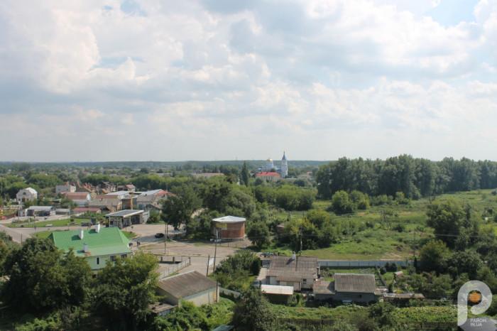 Острозькі пейзажі з балкону замку